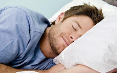 طريقة نومك تفيد صحتك وقد تضر بها أيضا
